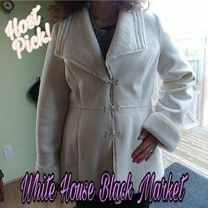 🎉HP🎉White House Black Market Coat